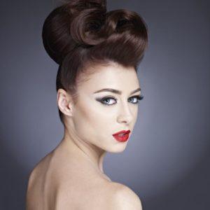 Pop Hair Formation - Chignon créatif 2